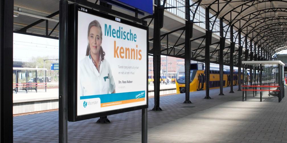 Publiekscampagne Medische Kennis Meander Ziekenhuis Amersfoort Stationsspread